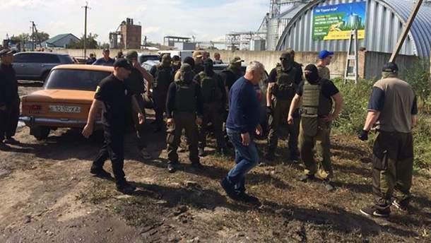 Рейдерский захват элеватора в Харьковской области: прокуратура сказала свое слово