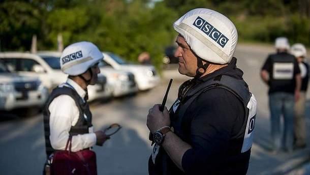 Представитель ОБСЕ встретился с украинскими пленными на Донбассе