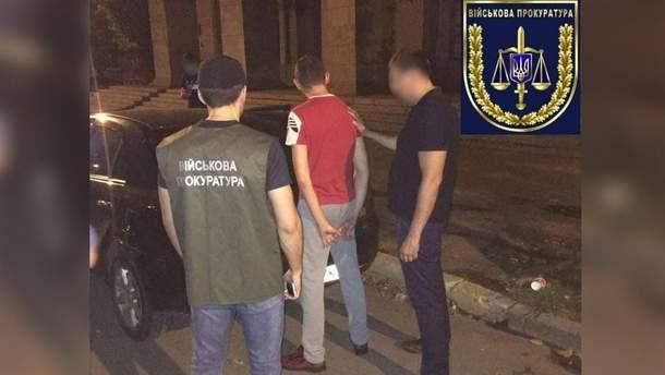 В Киеве задержали двух нацгвардейцев, которые торговали амфетамином