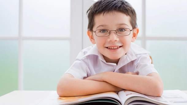 Які окуляри не можна носити дитині