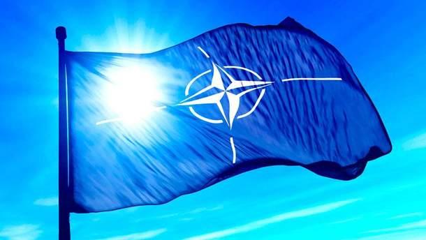 В НАТО запевнили Україну у своїй підтримці