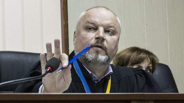 У Києві побили суддю Дячука, що веде справу про вбивства на Майдані: посадовця госпіталізовано