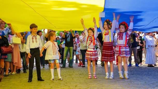 Тлумачення найбільш популярних побрехеньок про мови в Україні