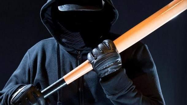 В Чугуеве напали на шестерых человек