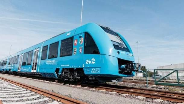 Перший у світі потяг на водневому паливі