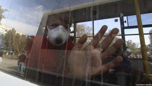 Как жители Армянска пытаются оправиться после химических выбросов
