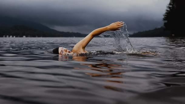 Плавание в холодной воде помогает преодолеть депрессию