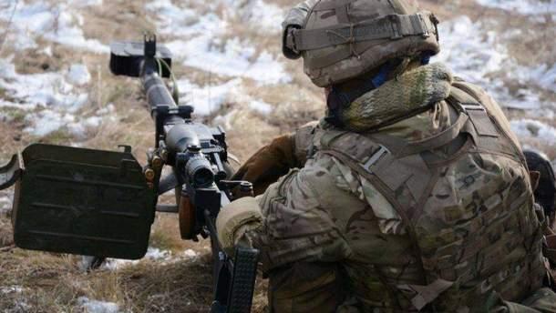 Сутки на Донбассе: 25 обстрелов со стороны боевиков, 2 воина ОС погибли, 1 ранен
