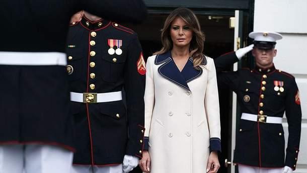 Меланія Трамп приголомшила стильним вбранням на зустрічі з Анджеєм Дудою: фото