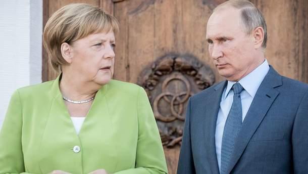 Путин поговорил с Меркель об особом статусе Донбасса – Кремль