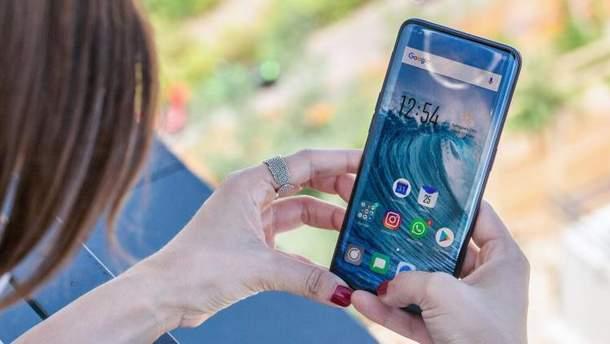 Возможный дизайн Samsung Galaxy S10