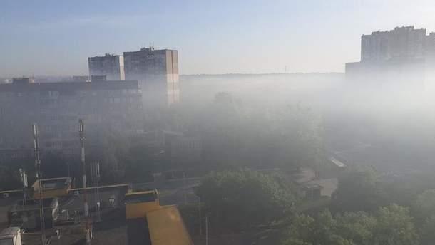 Густий смог огорнув Київ