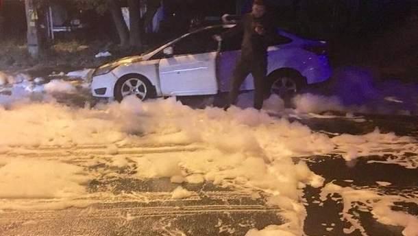 Горе-поджигателя задержала полиция на месте преступления