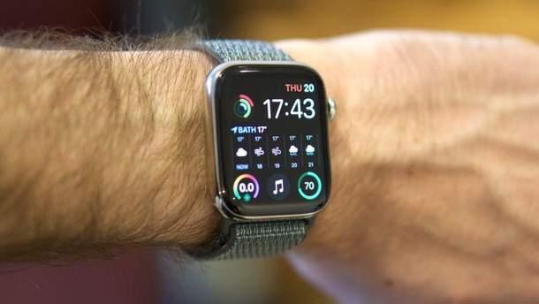 Новий Apple Watch Series 4 отримав меншу батарею