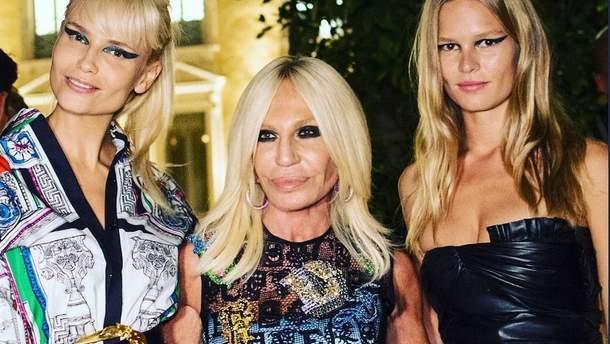 Донателла Версаче с моделями
