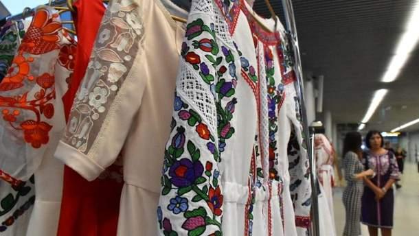 Во Львове участницы боевых действий дефилировали в одежде от украинских дизайнеров
