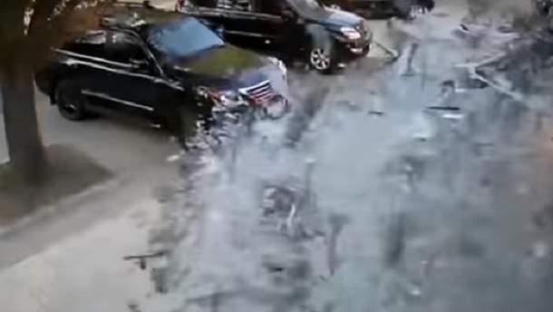 """Момент вибуху в кафе """"Сепар"""", під час якого загинув Захарченко"""