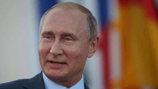 Порошенко заявив, що він воює не з будь-ким, а протистоїть конкретно Путіну