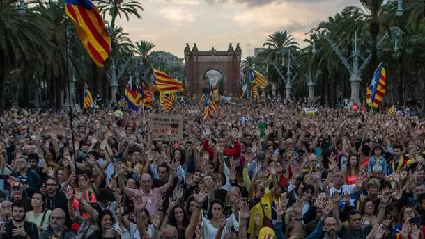 1 жовтня у Барселоні відбулись багатолюдні акції протесту