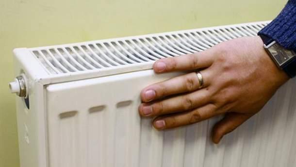 Куди дзвонити, якщо у вашому будинку – досі холодні батареї