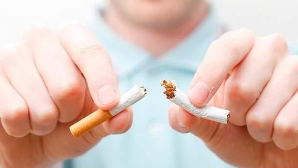 Українські підлітки стали значно менше курити