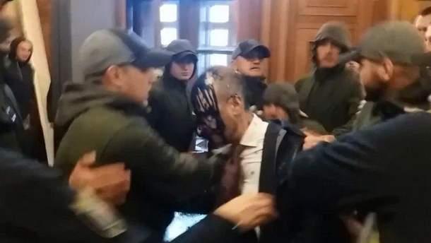 Напад на Сергія Гусовського