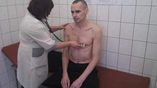 Причины прекращения голодовки Сенцовым могут быть плохими, – правозащитник