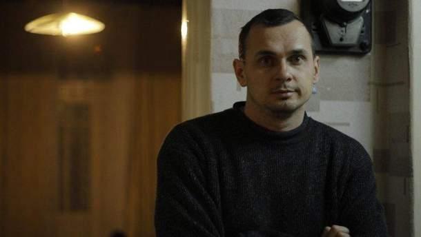 Керівництво колонії в Лабитнангі не знає, чи Сенцов припинив голодувати
