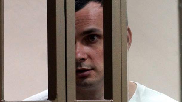 У Порошенка заявили, що перевіряють інформацію про припинення голодування Сенцовим