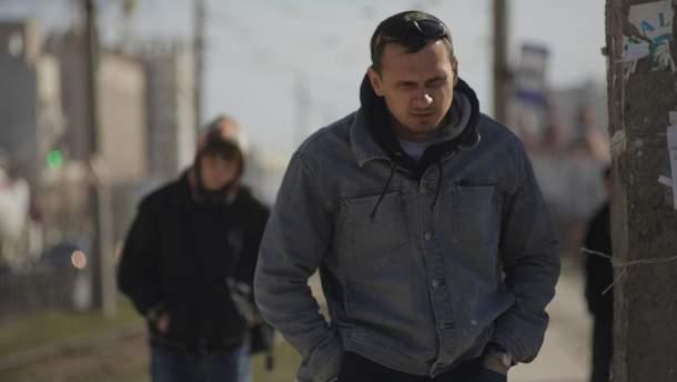 У Росії переконують, що з Олегом Сенцовим все гаразд і він сам зрозумів про імовірні летальні наслідки свого голодування