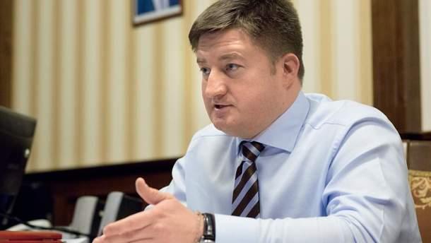 Суд отпустил руководителя Госрезерва под личное обязательство