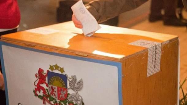 В Латвии начались парламентские выборы