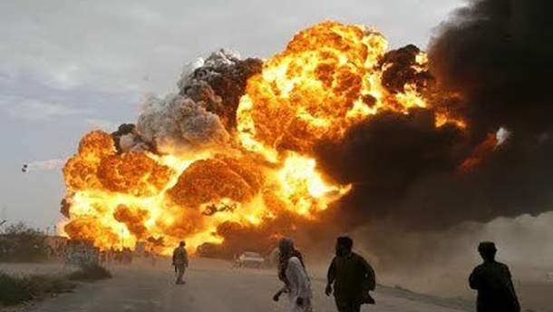 В Конго взорвалась цистерна с горючим после столкновения с другим транспортом