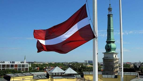 На парламентських виборах у Латвії лідирує проросійська партія