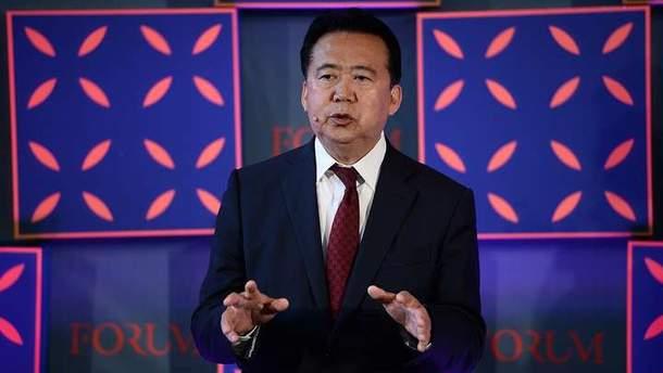 Мэн Хунвэя подозревают в коррупции
