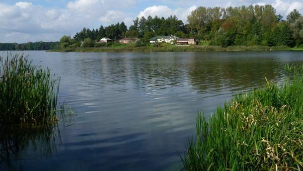 Озеро Наварія на Львівщині