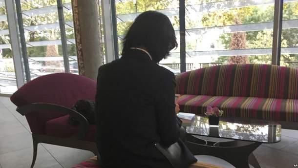 Дружина арештованого у Китаї екс-очільника Інтерполу розповіла, що їй погрожували