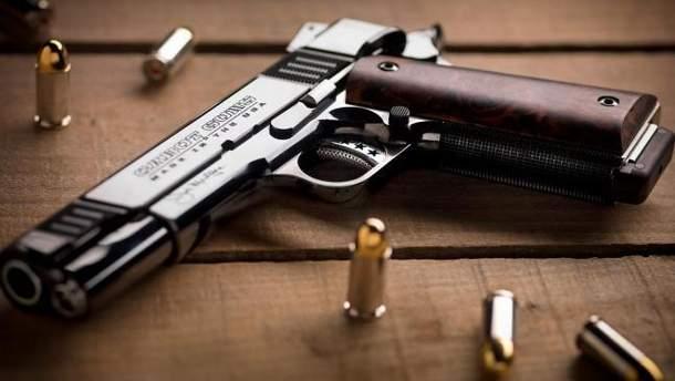 Нечесна гра: чому українцям досі не дозволили володіти зброєю?