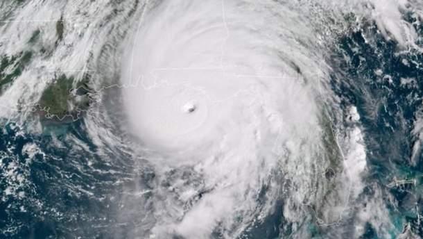 """Ураган """"Майкл"""" унес жизни двух человек в США"""