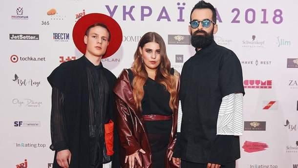 """Украинская песня """"Плакала"""" группы KAZKA попала в Топ-10 мирового чарта"""