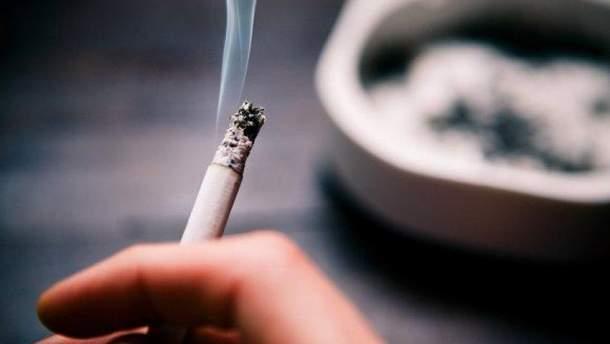 В Украине курят почти 15% несовершеннолетних