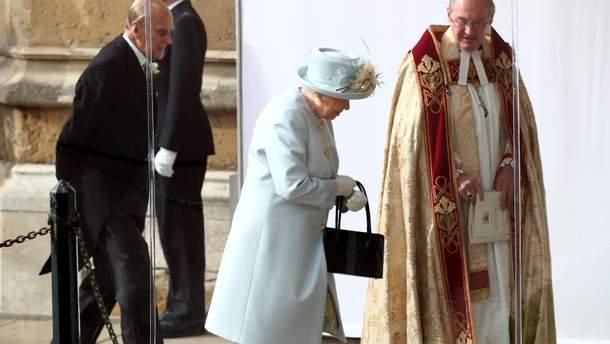Королева Єлизавета II на весіллі принцеси Євгенії