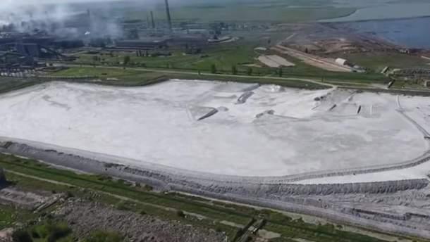 Житель Армянська розповів про теперішню ситуацію в забрудненому окупантами місті