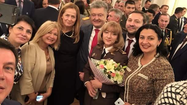 Порошенко присвоїв звання генерала Людмилі Шугалей