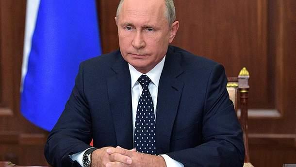 Путін обговорив надання автокефалії Україні на раді нацбезпеки РФ