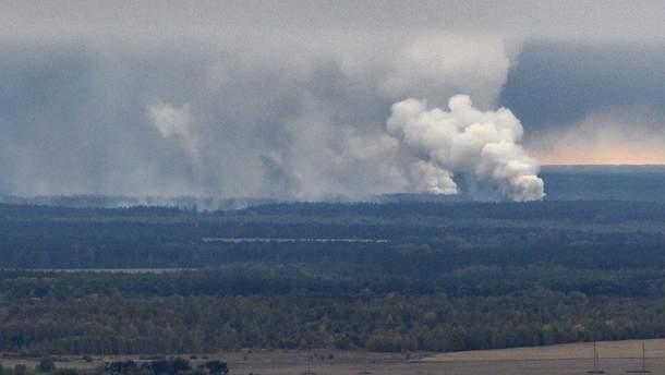 На складах біля Ічні продовжують лунати поодинокі вибухи