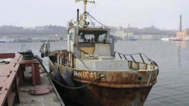 """У одного из моряков судна """"ЯМК-0041"""" умерла мама: Денисова просит РФ отпустить его"""
