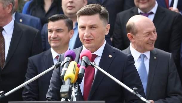 Не успел Томос прийти в Украину, а стервятники уже слетелись?