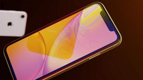 В Украине делают новые iPhone из золота и бриллиантов