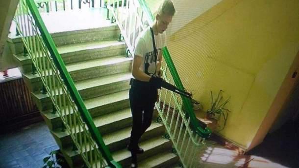 Перед массовым убийством в колледже в Керчи Росляков пересматривал видео со стрельбой в школах